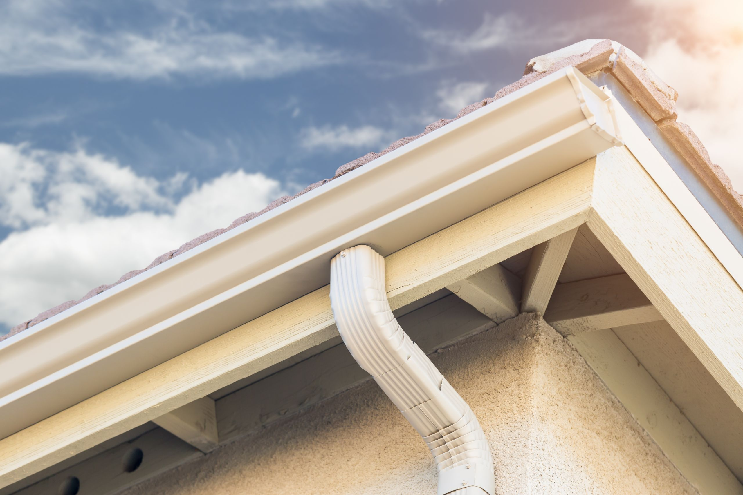 Aluminum Gutter Installation and Replacement for Residential Home